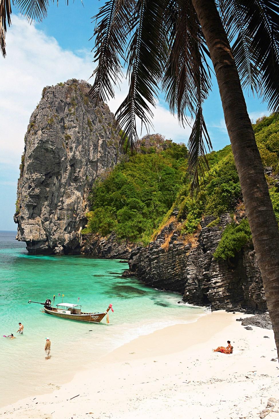 Nuy Bay, Koh Phi Phi