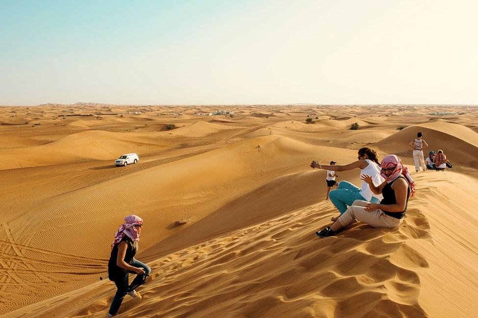 Autiomaasafarilla Dubaissa