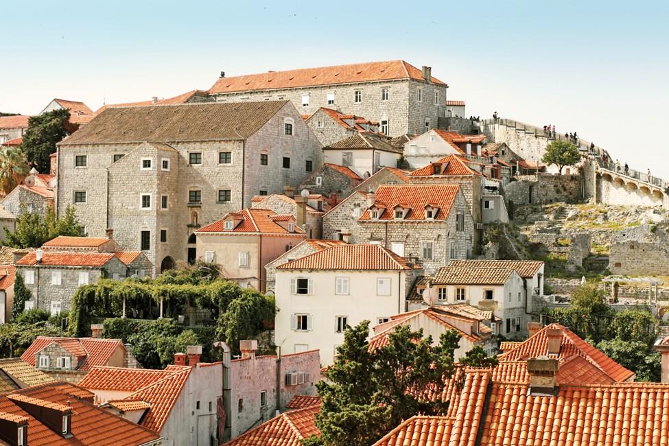 Dubrovnikin Vanhakaupunki kaupungin muurilta katsottuna