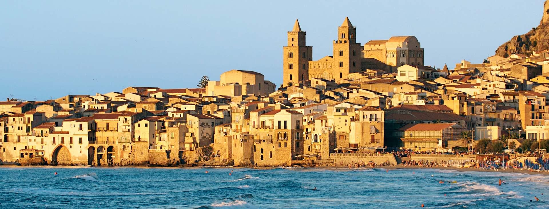 Varaa Tjäreborgilta matka Sisiliaan, Italiaan