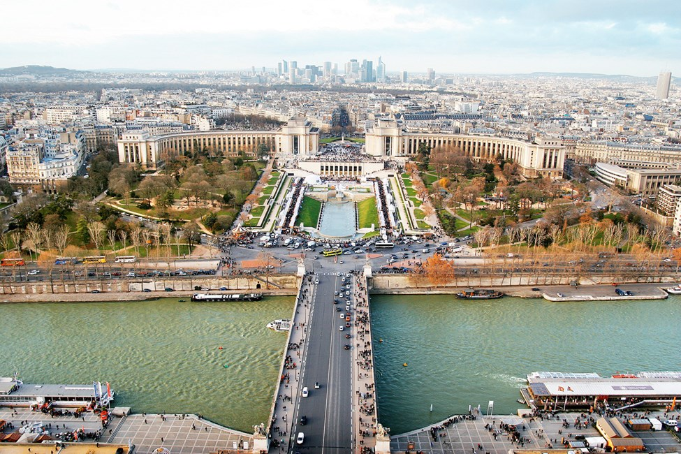 Pariisin näkymiä Eiffel-tornista