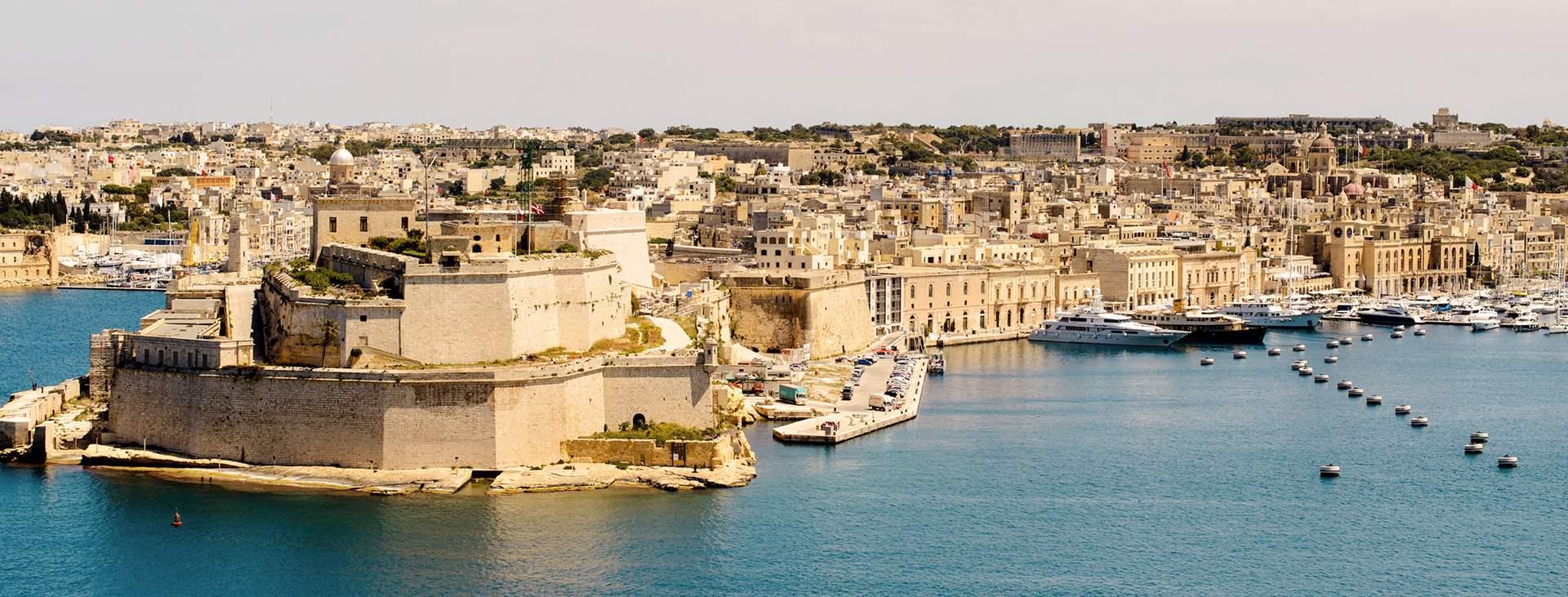 Varaa Maltan matka Tjäreborgilta - lennot+hotelli