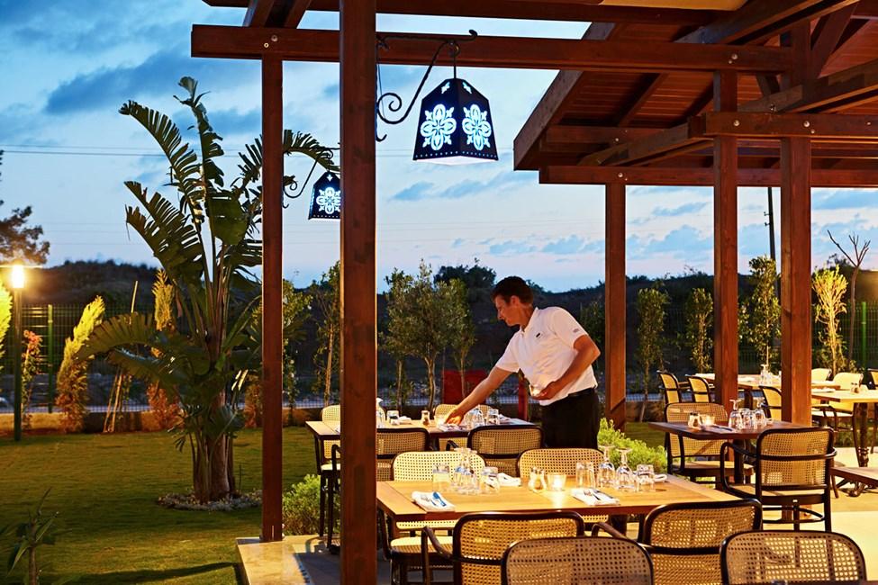 Mehmets Kitchen -ravintolassa on tarjolla paikallisia erikoisuuksia sekä Sunwing-suosikkeja.
