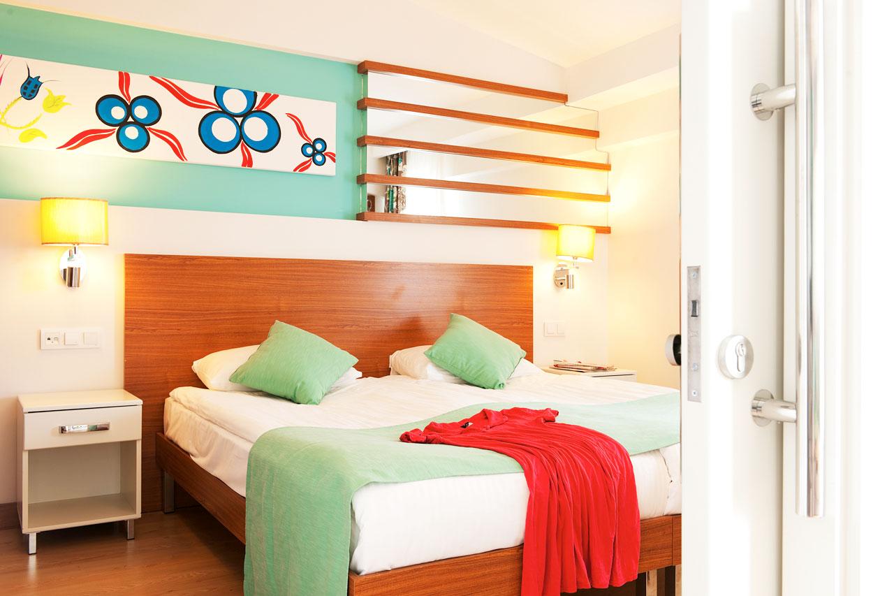 Kaksion ja kolmion makuuhuone