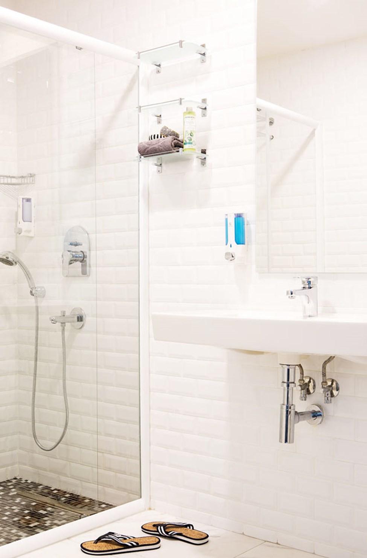 Classic Room, jossa parveke ja merinäköala - kylpyhuone