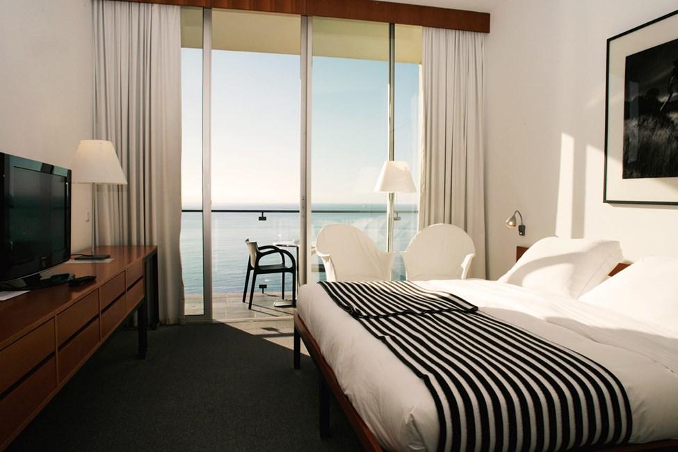 Kahden hengen huone, merinäköala