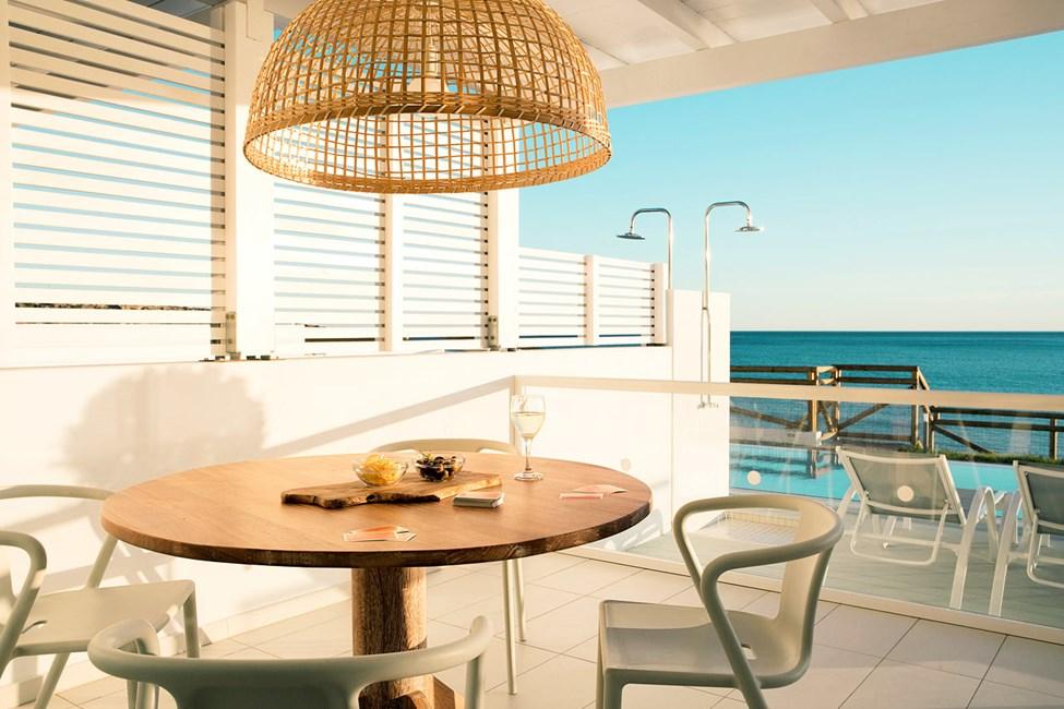 Royal Pool Suite -kolmio, suuri parveke ja merinäköala, Afrodite.