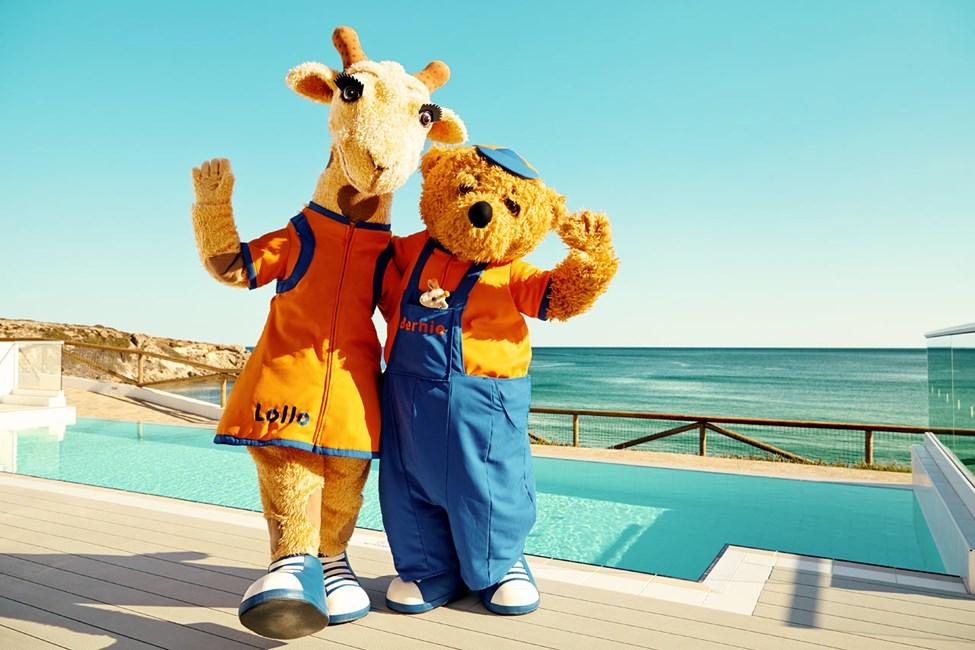 Tule aurinkoiseen Kreikkaan nauttimaan olostasi. Lollo & Bernie odottavat sinua.
