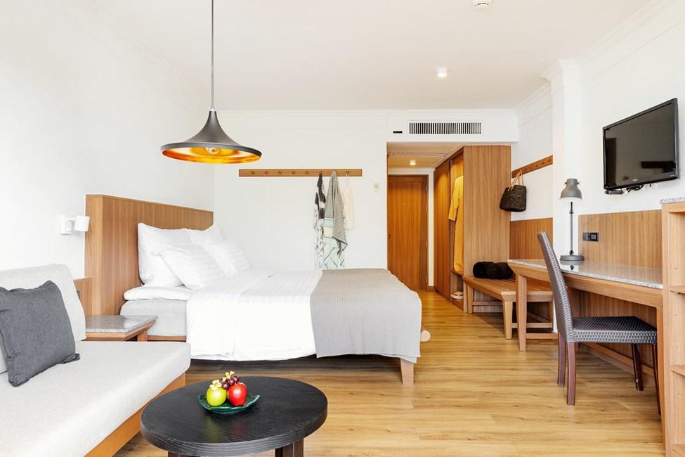 Kunnostettu Classic Suite - 1 huone, parveke puutarhaan päin