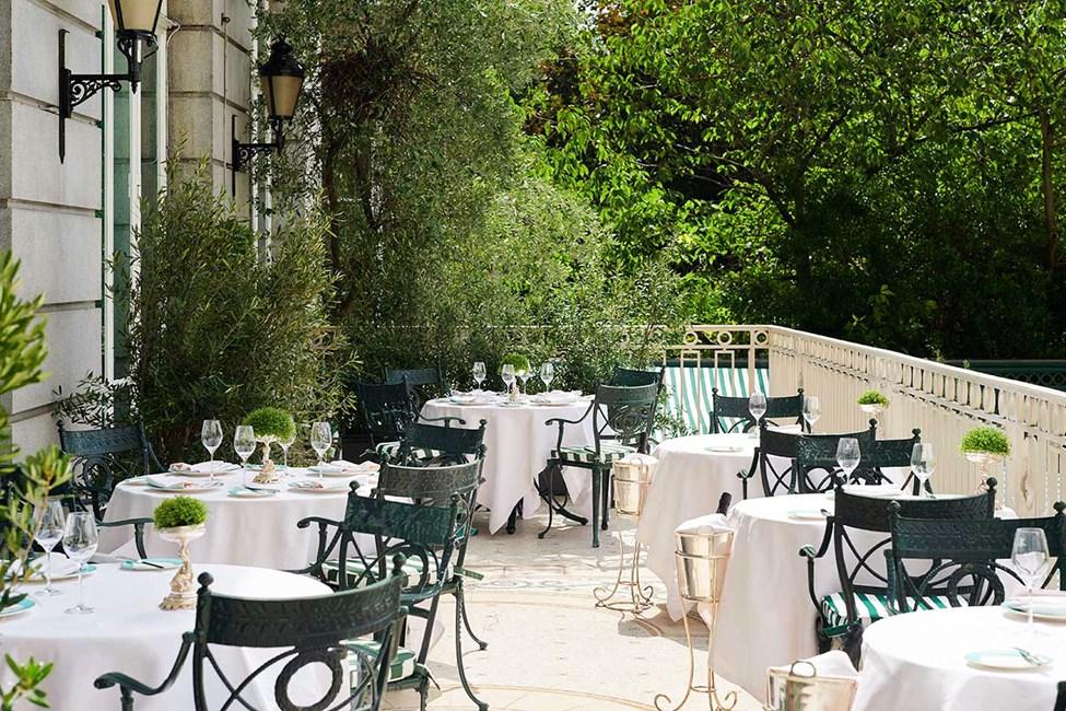 The Ritz Restaurant -ravintolan terassi