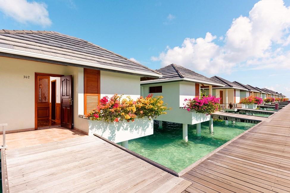 Sunset Water Villa ja Water Villa