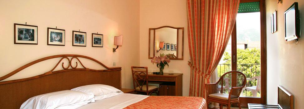Hotel Girasole, Sorrento, Amalfin rannikko, Italia