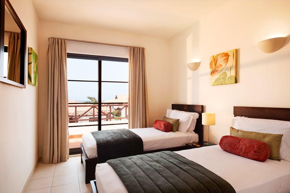 Neljän huoneen huoneisto ja yksityinen uima-allas, 4-6 hengelle