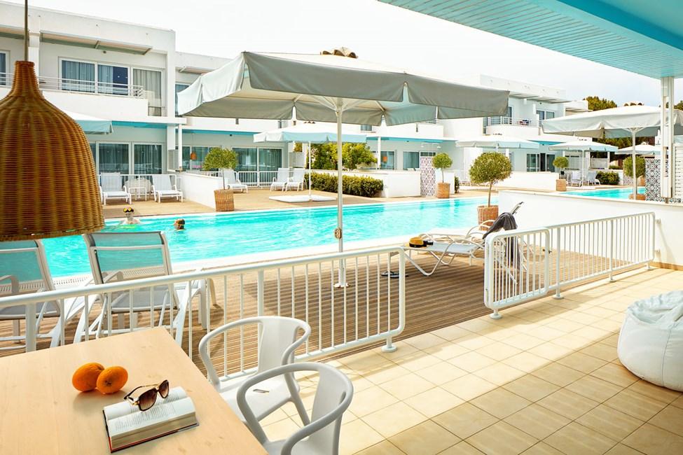 Royal Family Suite, suuri terassi ja pääsy yksityiseen, jaettuun uima-altaaseen