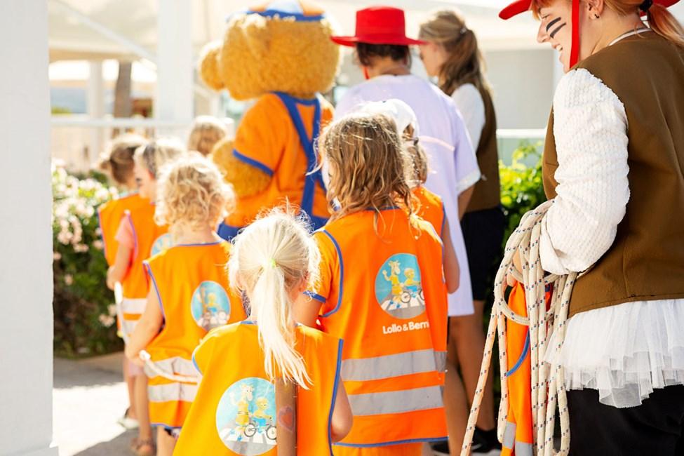 Adventure Games -seikkailun aikana lapset voivat osallistua aarteenmetsästykseen tai olla mukana Lollon tai Bernien kutsuilla