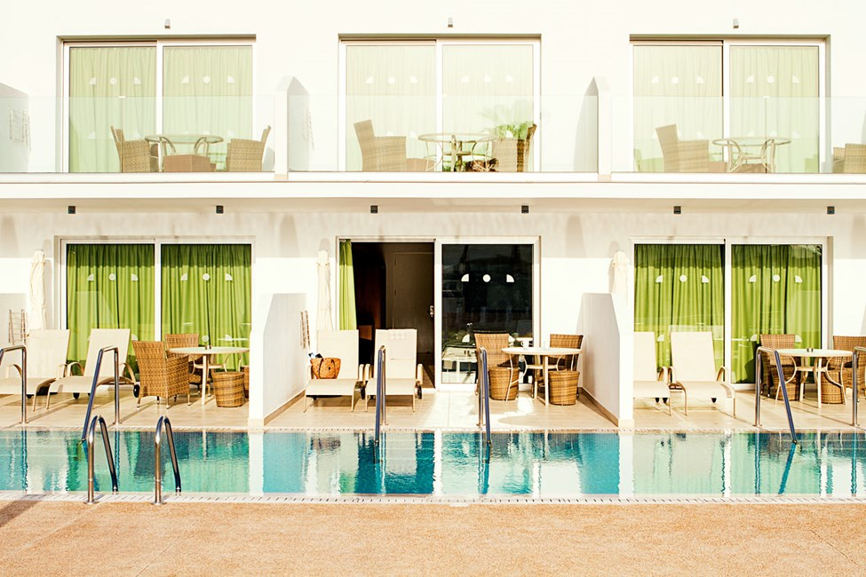 Prime Pool Suite, 1 huone, terassilta pääsy yksityiseen, jaettuun altaaseen