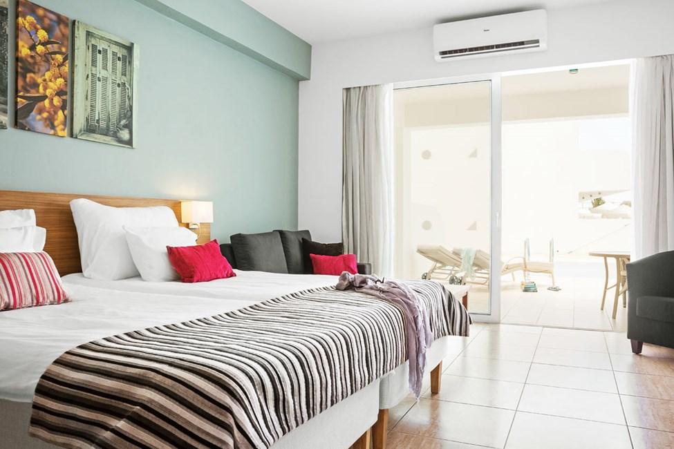 Prime Pool Suite, 1 huone, suurelta terassilta pääsy yksityiseen jaettuun altaaseen