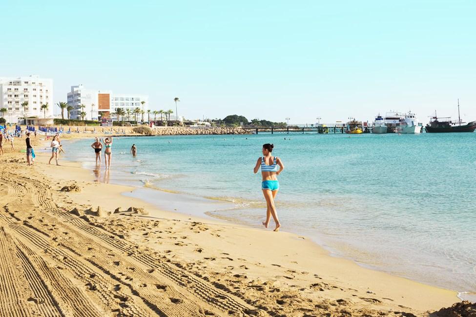 Hotellin edessä oleva ranta