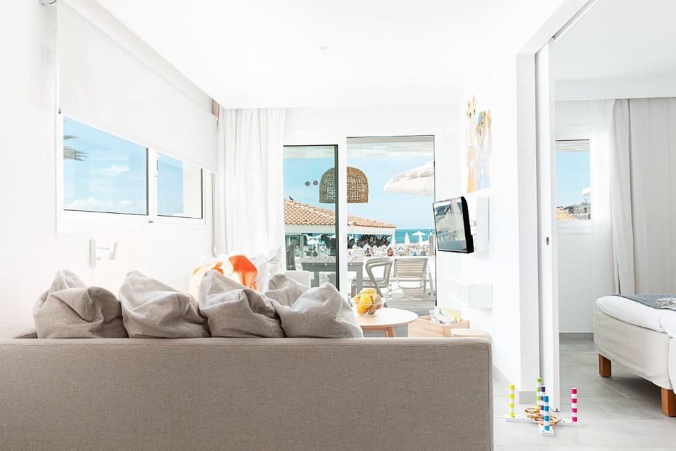 LOLLO & BERNIE SUITE - 2 huonetta, parveke ja merinäköala