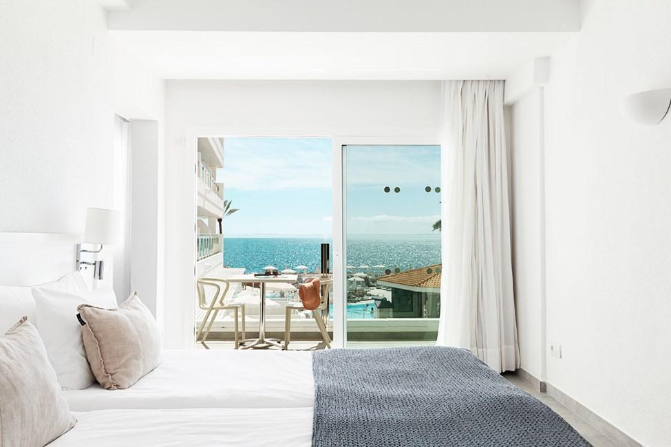 BIG FAMILY - 3 huonetta, parveke ja merinäköala