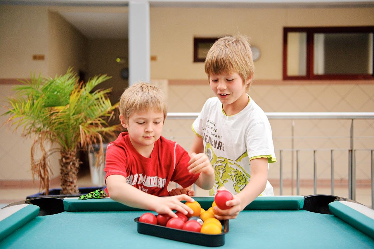 Tjäreborgin Family Garden Mirador del Atlantico -hotellissa on helppo tutustua uusiin kavereihin