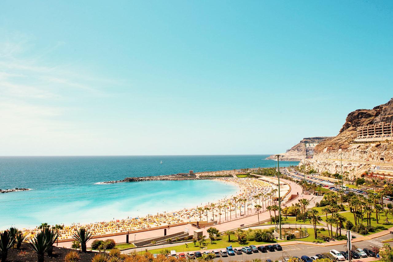 Playa de Amadores