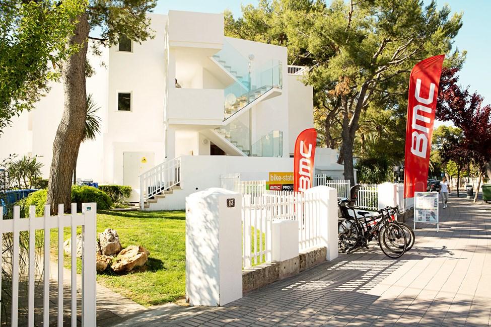 Bike Station -vuokraamosta voit vuokrata itsellesi polkupyörän