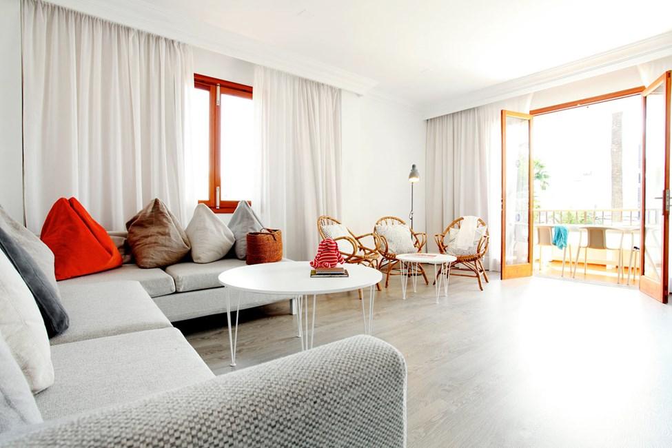 Villa Isabelin puolella huoneistot ovat valoisat, ilmavat ja modernisti sisustetut.
