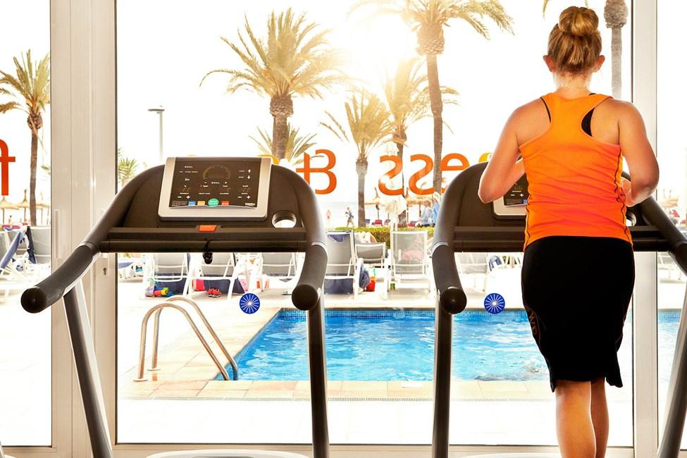Sunwing Alcudia Beachin siistillä kuntosalilla voit treenata lomasi aikana.