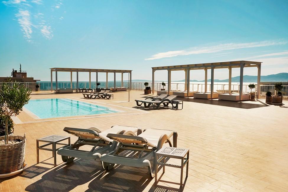 Prime Rooftop Suite, merinäköala sekä pääsy kattoterassille