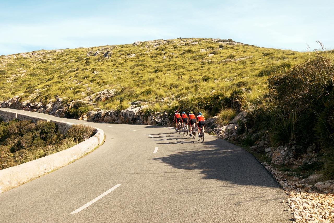 Mallorcalla voit tehdä pidempiäkin pyöräretkiä.
