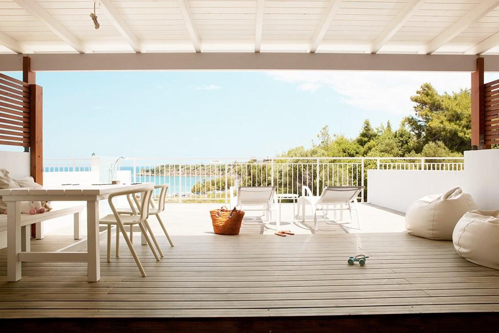 Royal Lounge Suite -kaksio, iso parveke ja rajoitettu merinäköala (Helios)