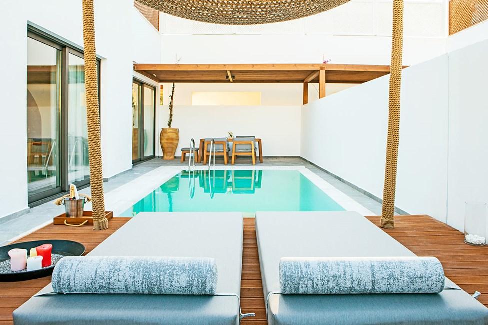 Bohemian-sviitti ja yksityinen uima-allas