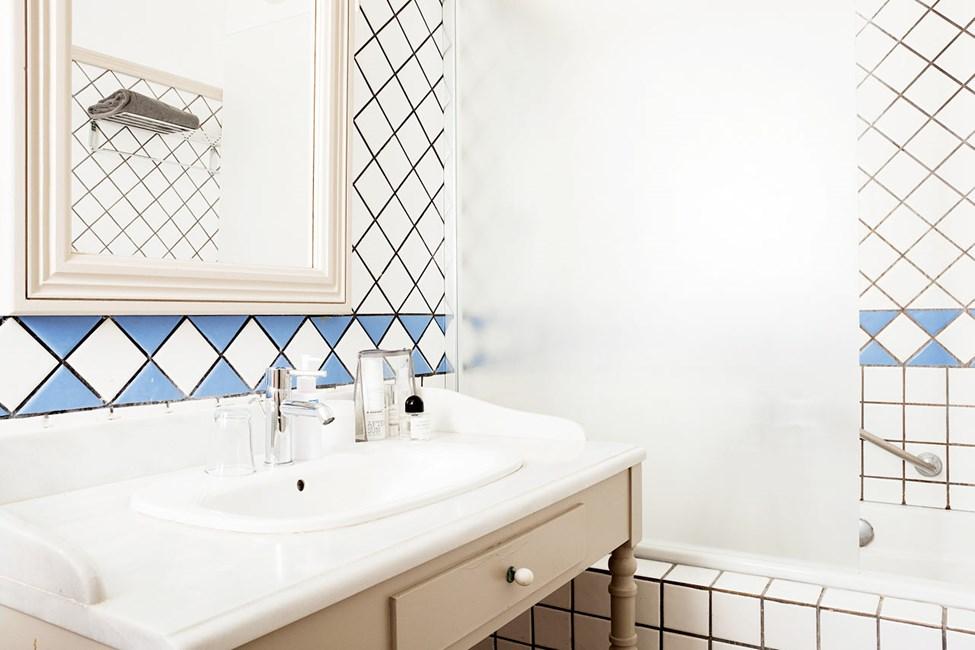 Esimerkki kylpyhuoneesta
