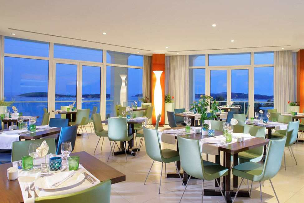 Windows on Hvar -ravintola