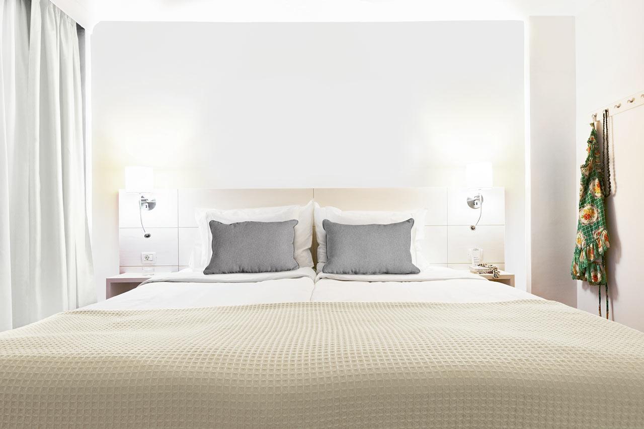 Esimerkki kunnostetusta Junior Suitesta tai Prime Lounge Suitesta. Havainnekuva, joka saattaa vielä muuttua.