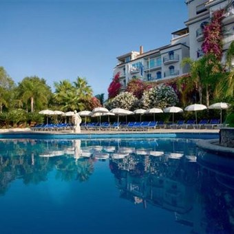 Giardini naxos sisilia italia matkat tj reborgilta - Hotel la riva giardini naxos ...