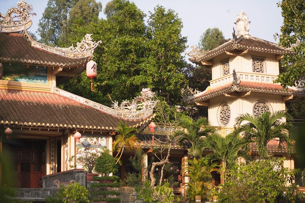 Long Son Pagoda, Nha Trang, Vietnam