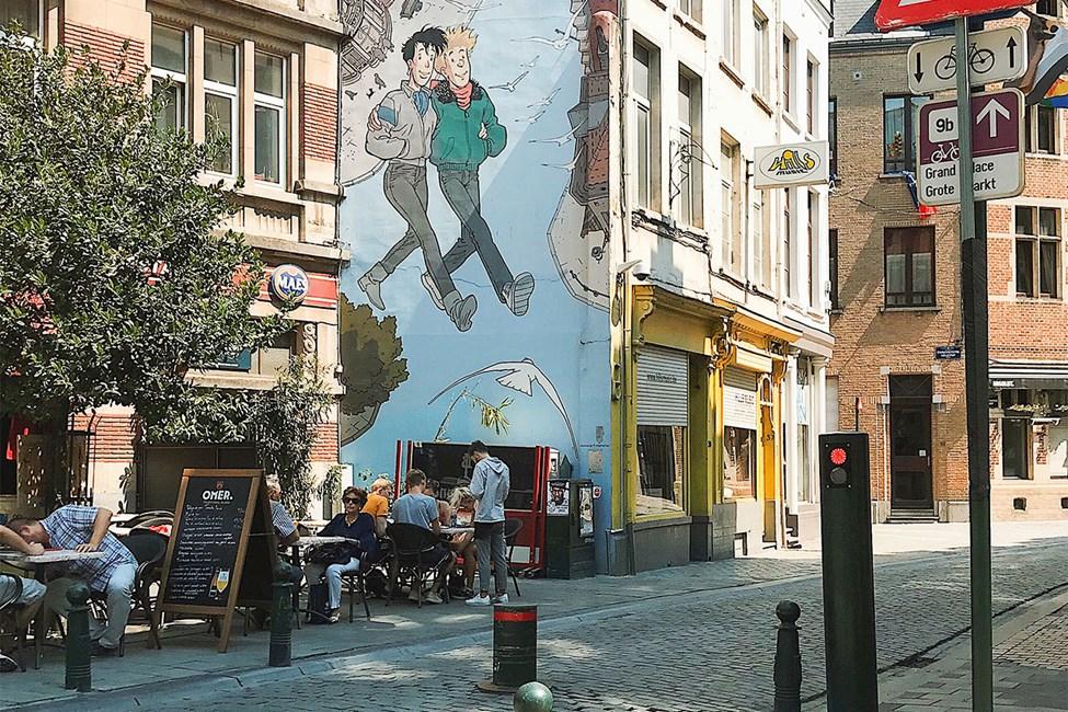 Viihtyisän ja värikkään korttelin maisemia Brysselissä