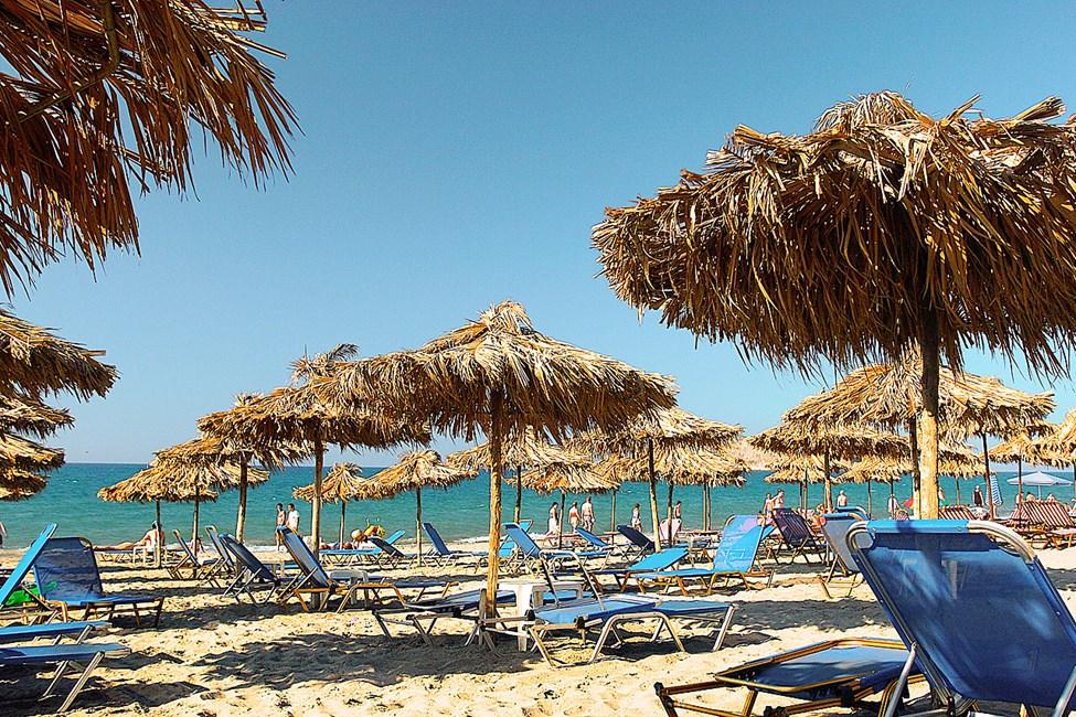 Hanian rannikon rannoille pääsee kätevästi paikallisbussilla. Agia Marinan ranta.