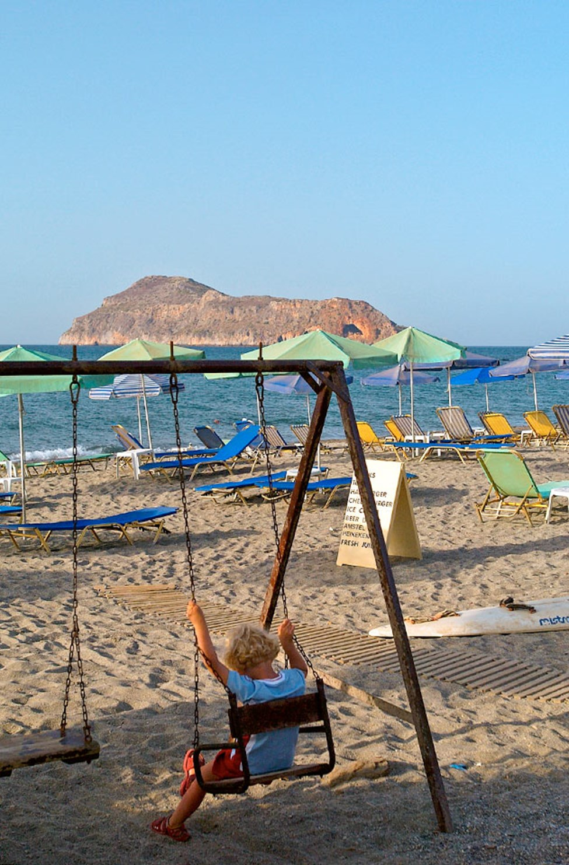 Hanian rannikon rannoille pääsee kätevästi paikallisbussilla. Plataniaksen ranta.
