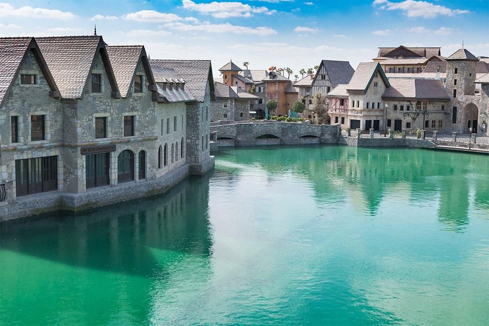 Riverland™ French Village