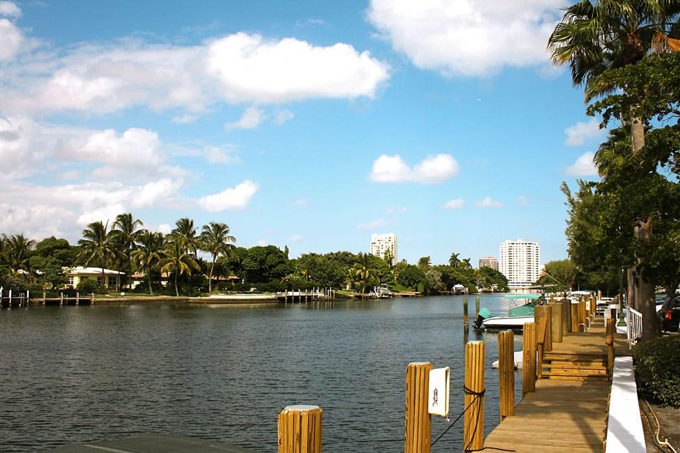 Fort Lauderdalen kanavien varsilla on upeita luksushuviloita