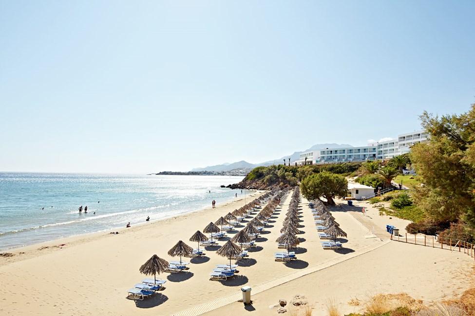 Sunwing Makrigialos Beachin edessä oleva ranta
