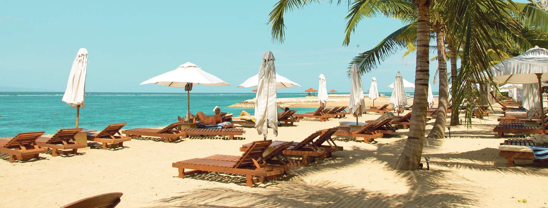 Sanur Beach on rauhallinen, rento ja lapsiystävällinen matkakohde