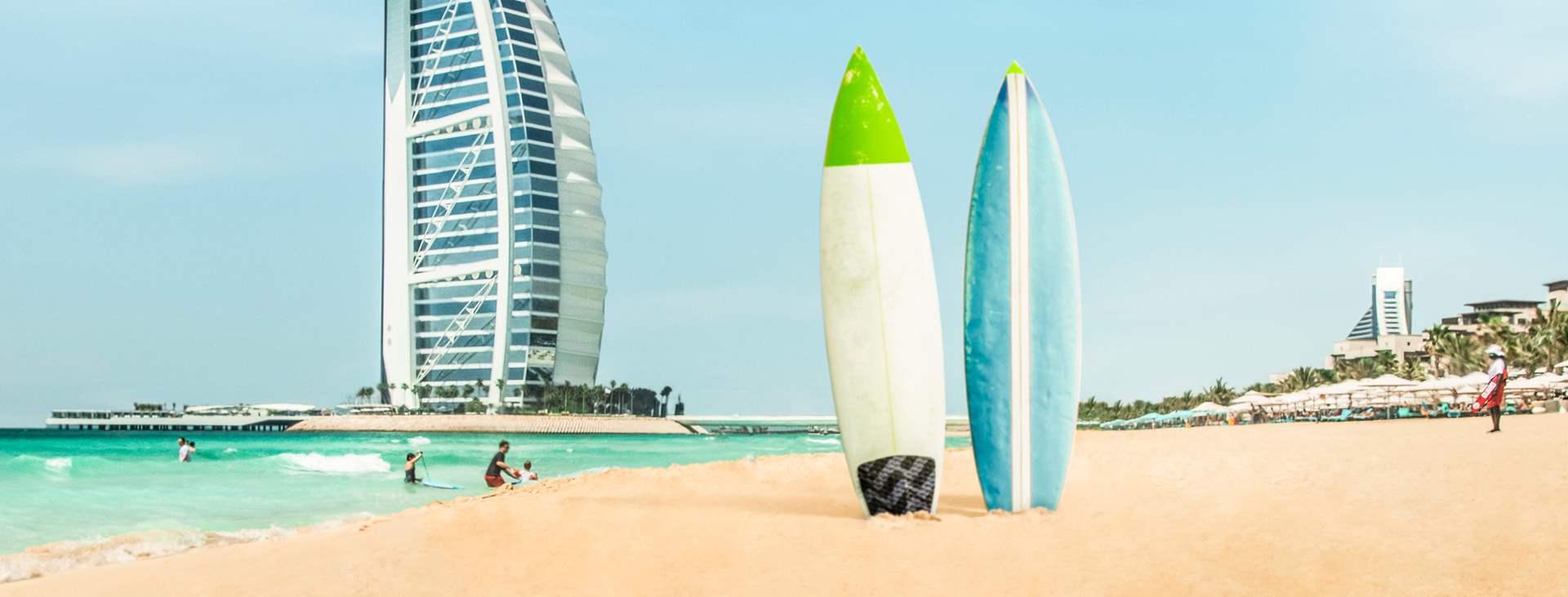 Varaa matkasi Tjäreborgilta Dubain rantaparatiisiin, Jumeirah Beachille