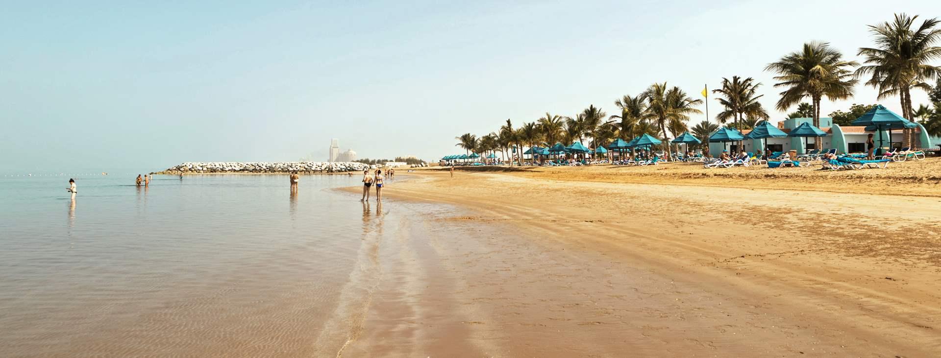 smartline Ras Al Khaimah Beach Resortin edessä oleva ranta
