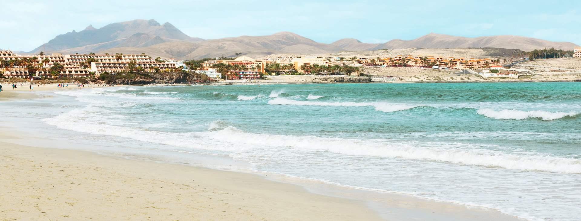 Rantaelämää ja rauhallista ilmapiiriä luvassa - Varaa matkasi Tjäreborgilta All Inclusive -hotelliin Costa Calmaan, Fuerteventuralle