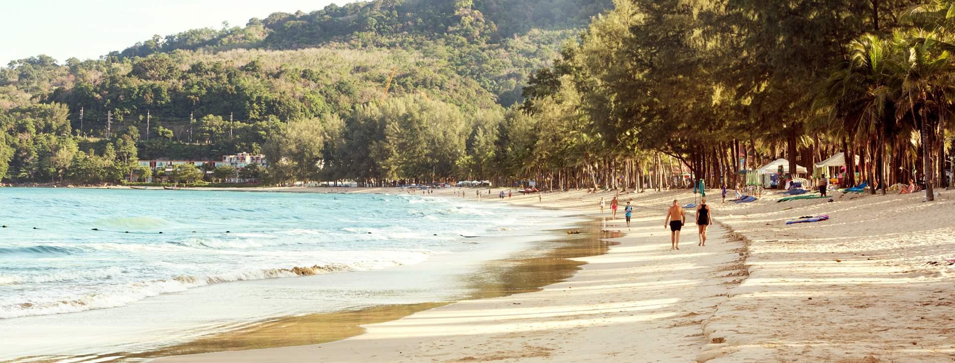 Varaa lomasi Tjäreborgilta - lapsiystävällinen Kamala Beach Thaimaassa toivottaa sinut tervetulleeksi