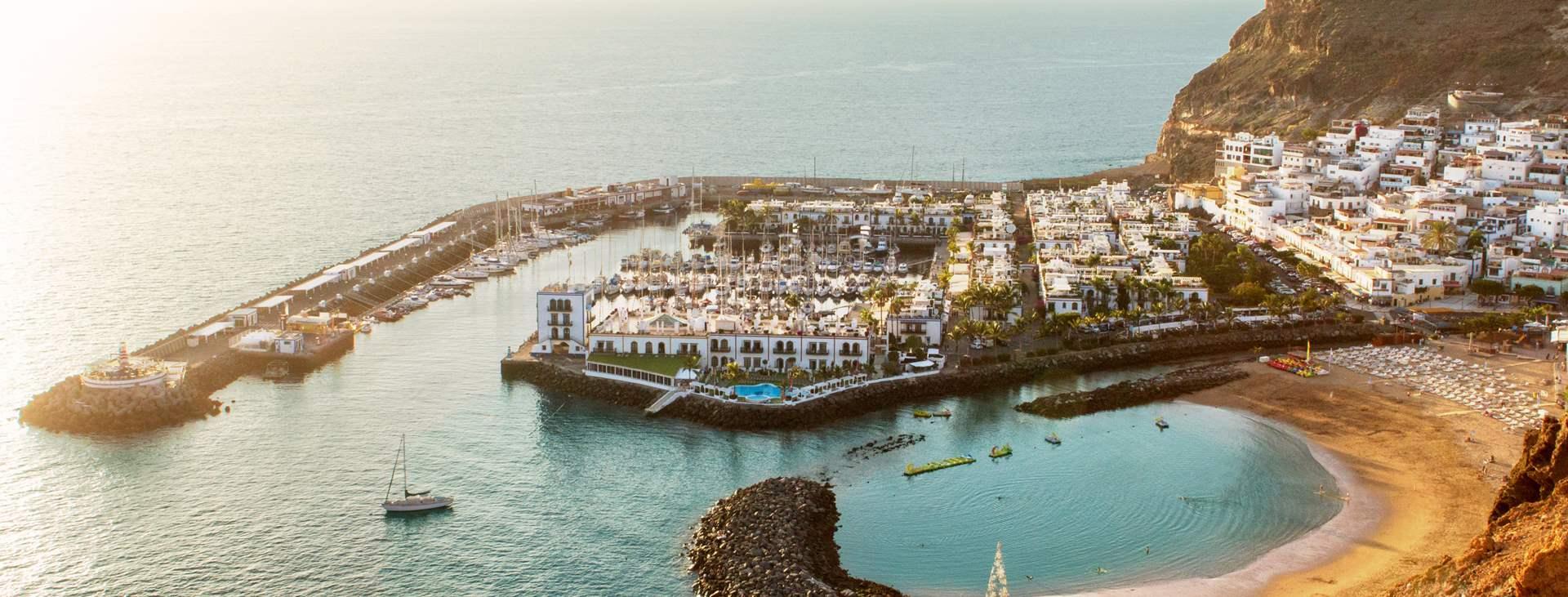 Lähde Tjäreborgin matkalle Puerto de Mogániin, Gran Canarialle